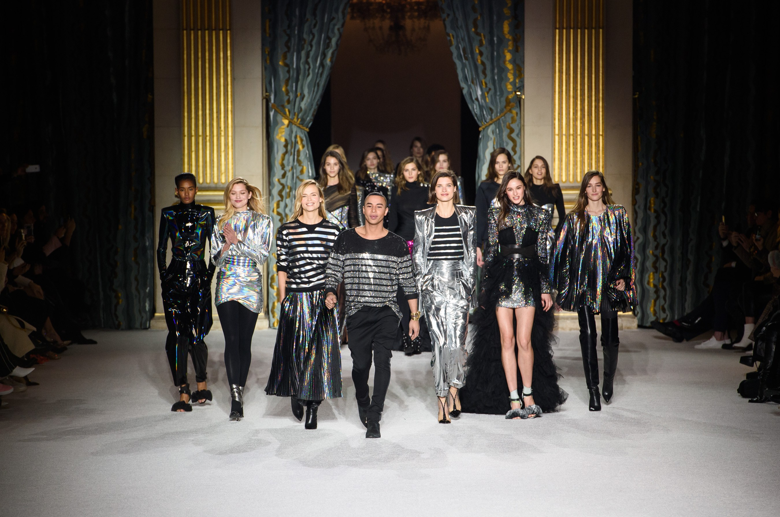 Balmain Collection F/W 2018 trends fashion runway